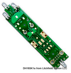 HO DCC decoder LocoSpecific Kato SD40-2, AC4400 by Digitrax DH165K1a